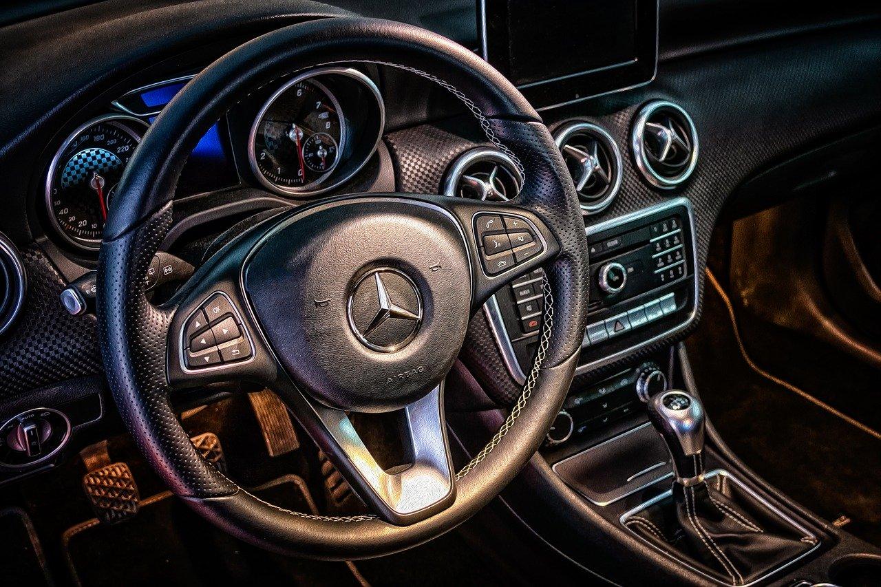 Kiedy warto skorzystać z wypożyczalni samochodów?